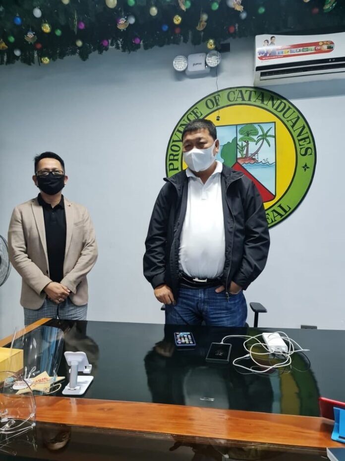 Governor Joseph C. Cua is flanked by President and Chief Executive Officer RJ Eubra of Asia Pacific Renewable Energy Solutions, Inc. (APRES) in one of their meetings to discuss Waste to Energy Project (WTE) for Catanduanes.